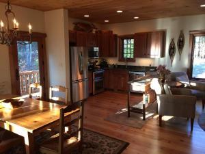 12- Kitchen-Dining-Area